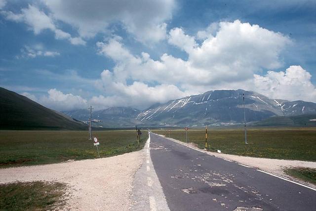 Altopiano di Castelluccio, Umbrien